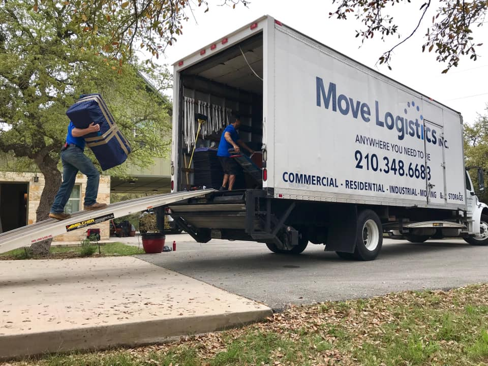 professional Loading and unloading off moving truck