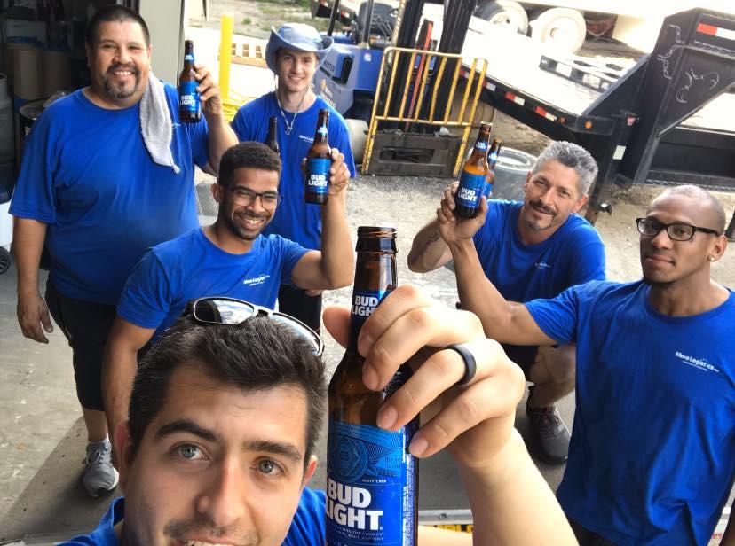hard working moving company san antonio texas team of movers.